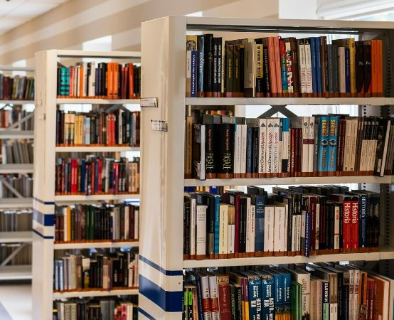 """Biblioteka Augustów: """"Mała książka – wielki człowiek"""""""